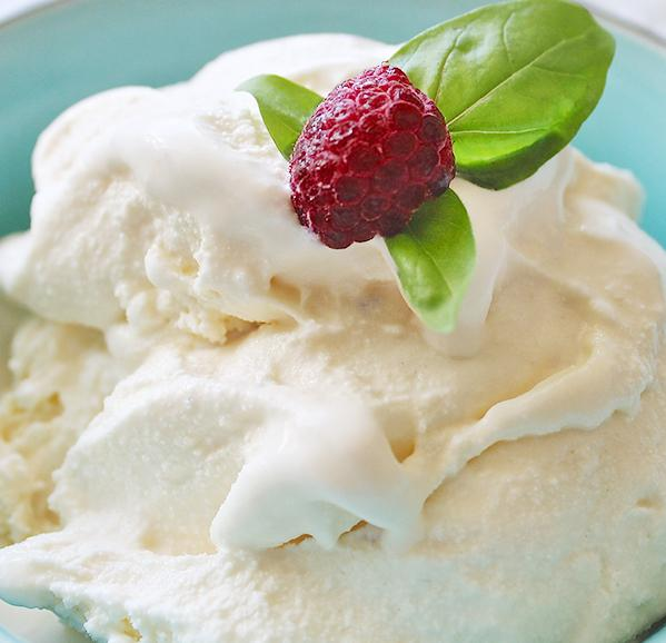 VANILLA ICE CREAM THERMOMIX
